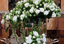 A bunch full of bridal roses
