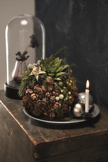 Just Christmas creations advent decorations blooms marion bauer michael sutmoller fleur creatif magazine diy ideas fleurbookshop.com