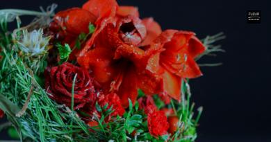 Gregor Lersch   Bouquet with red flowers