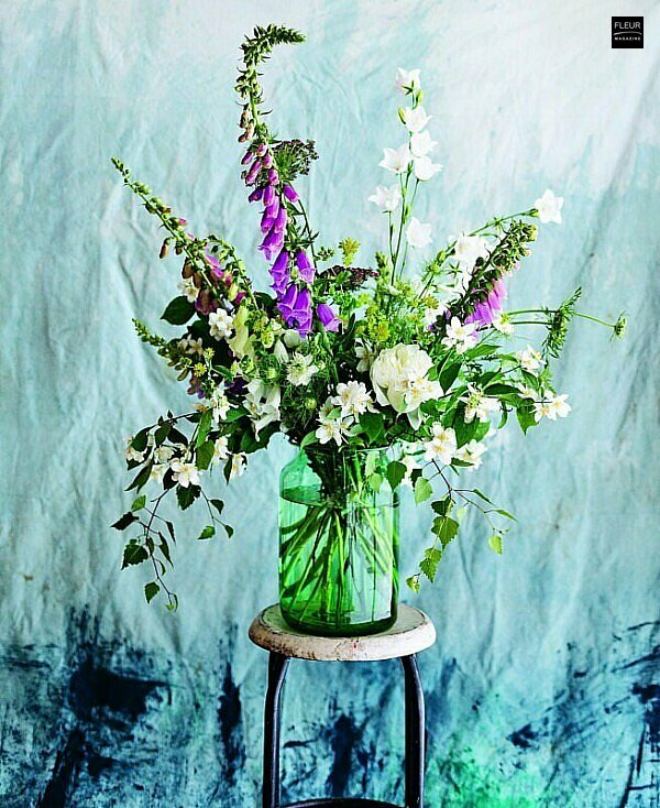New book in the Fleur Creatif bookshop: In Bloom. Growing, harvesting and arranging flowers all year round.