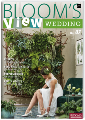 New in the Fleur Créatif Bookshop: Bloom's VIEW Wedding 201 n°7. Full of wedding inspiration!